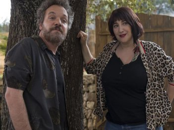 Vengo anch'io: Corrado Nuzzo e Maria Di Biase in una scena del film