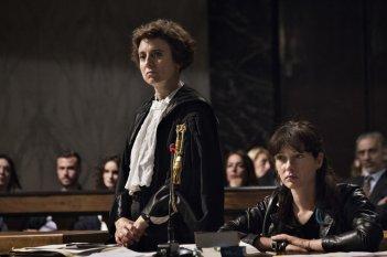 Nome di donna: Cristiana Capotondi e Michela Cescon in una scena del film