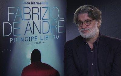 """Fabrizio De André - Principe Libero: parla il regista """"Essere entrato nel suo mondo per me è stato un orgoglio"""