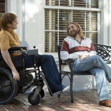 Don't Worry, He Won't Get Far on Foot: Joaquin Phoenix e Jonah Hill in una scena del film
