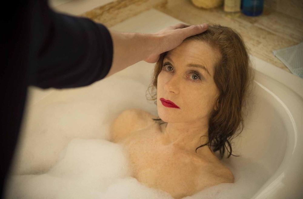 Eva: Isabelle Huppert in un momento del film