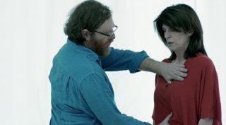 Ognuno ha diritto ad amare - Touch Me Not: un momento del film di Adina Pintilie