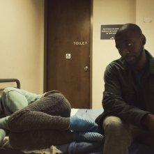 Unsane: Claire Foy e Jay Pharoah in una scena del film