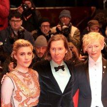 Berlino 2018: Greta Gerwig, Tilda Swinton e Wes Anderson sul red carpet di apertura
