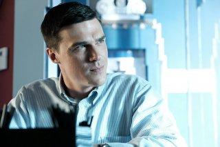 American Crime Story: Finn Wittrock in una scena dell'episodio Don't Ask, Don't Tell