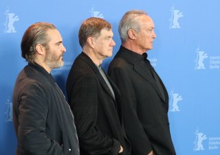 Berlino 2018: Joaquin Phoenix, Udo Kier e Gus Van Sant al photocall di Don't Worry, He Won't Get Far on Foot