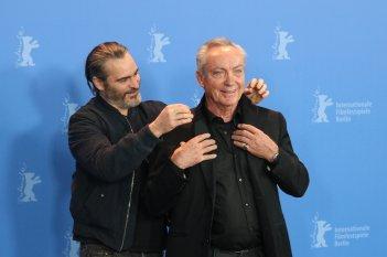 Berlino 2018: Joaquin Phoenix e Udo Kier al photocall di Don't Worry, He Won't Get Far on Foot
