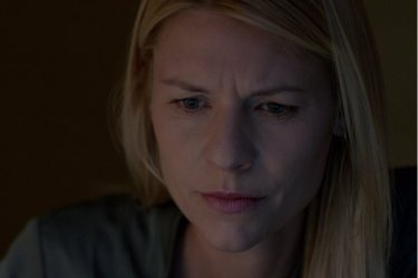 Homeland: Claire Danes durante una scena dell'episodio Enemy of the State