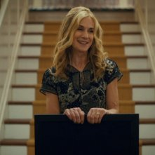 Here and Now: Holly Hunter in una scena