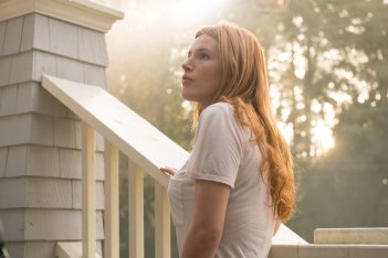 Il sole a mezzanotte - Midnight Sun: Bella Thorne in una scena del film