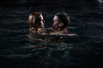 Il sole a mezzanotte - Midnight Sun: Patrick Schwarzenegger e Bella Thorne in un momento del film