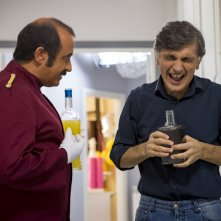 Una festa esagerata: Vincenzo Salemme e Vincenzo Borrino in una scena del film