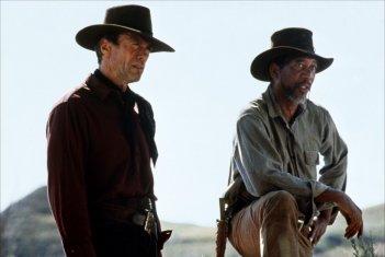 Gli spietati: Morgan Freeman e Clint Eastwood in una scena del film