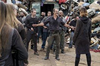 The Walking Dead: Steven Ogg in una scena dell'episodio The Lost and the Plunderers