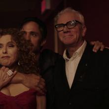 Mozart in the Jungle: Bernadette Peters, Gael García Bernal e Malcolm McDowell in una foto della quarta stagione