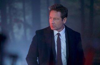 X-Files: David Duchovny nell'episodio Familiar