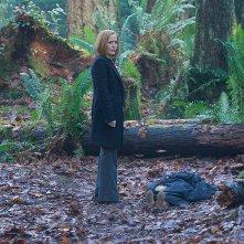 X-Files: una scena con Gillian Anderson, episodio Familiar