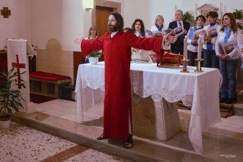 Oh mio Dio!: Carlo Caprioli in una scena del film