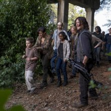 """The Walking Dead: Norman Reedus nell'episodio """"Dead or Alive Or"""""""