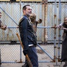 "The Walking Dead: Jeffrey Dean Morgan nell'episodio ""Dead or Alive Or"""