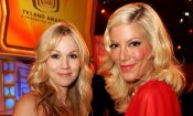 Beverly Hills, 90210: Tori Spelling e Jennie Garth riunite per un nuovo reboot