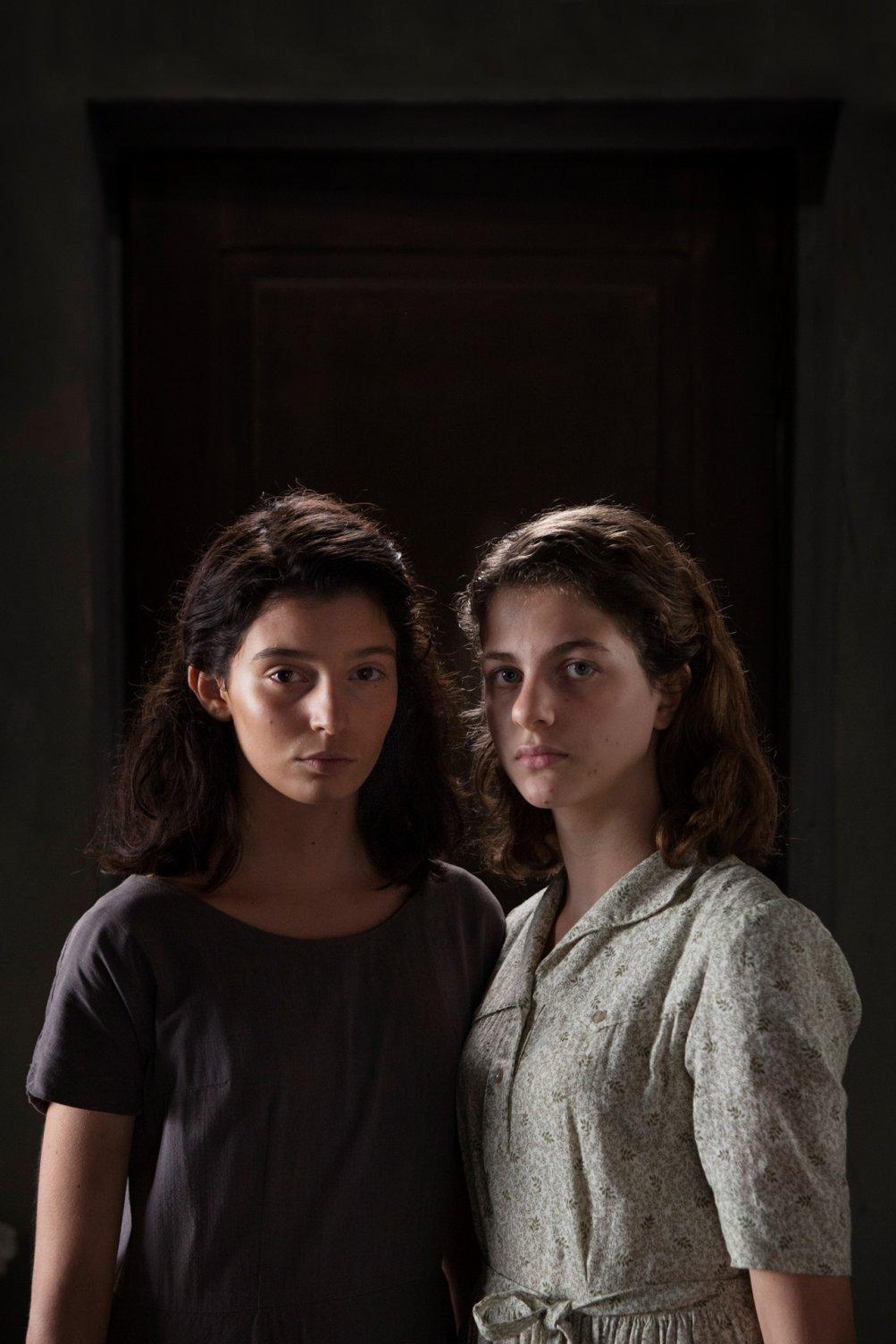 L'amica geniale: Gaia Girace e Margherita Mazzucco in una foto della serie
