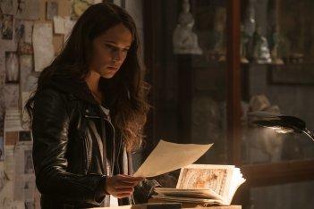 Tomb Raider: Alicia Vikander in un momento del film