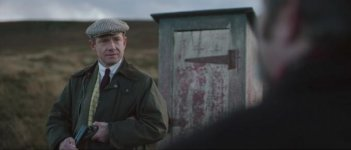 Ghost Stories: Martin Freeman in un momento del film