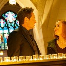 X-Files: una scena con Gillian Anderson e David Duchovny nell'episodio Nothing Lasts Forever
