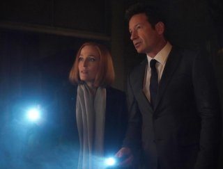 X-Files: Gillian Anderson insieme a David Duchovny in Nothing Lasts Forever