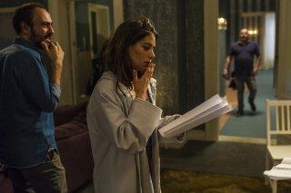 Io c'è: il regista Alessandro Aronadio e Giulia Michelini sul set del film