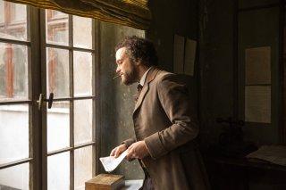 Il giovane Karl Marx: August Diehl in una scena del film