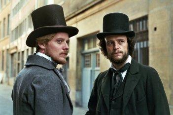 Il giovane Karl Marx: Stefan Konarske e August Diehl in un momento del film