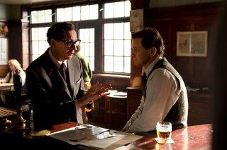 Il mistero di Donald C.: Colin Firth e David Thewlis in un'immagine del film