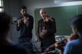 La mélodie: Kad Merad e Samir Guesmi in una scena del film