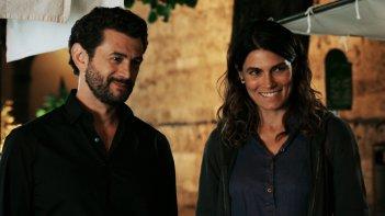 Quanto basta: Vinicio Marchioni e Valeria Solarino in una scena del film