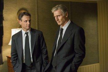 The Silent Man: Liam Neeson e Tony Goldwyn in una scena del film