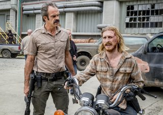 The Walking Dead: Steven Ogg e Austin Amelio nell'episodio The Key