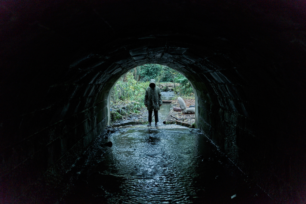 Ghost Stories: Alex Lawther in un'immagine del film