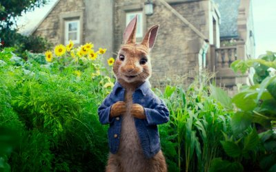 Peter Rabbit prende vita in un adattamento frenetico e scorretto
