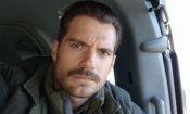 """Henry Cavill dice addio ai suoi baffi con ironia: """"Se ne sono andati davvero, non è CGI!"""""""