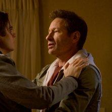 X-Files: David Duchovny e Miles Robbins nell'episodio Il figlio perduto