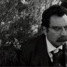 Gli indesiderati d'Europa: Euplemio Macrì in un'immagine del film