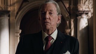 Trust: Donald Sutherland in una scena