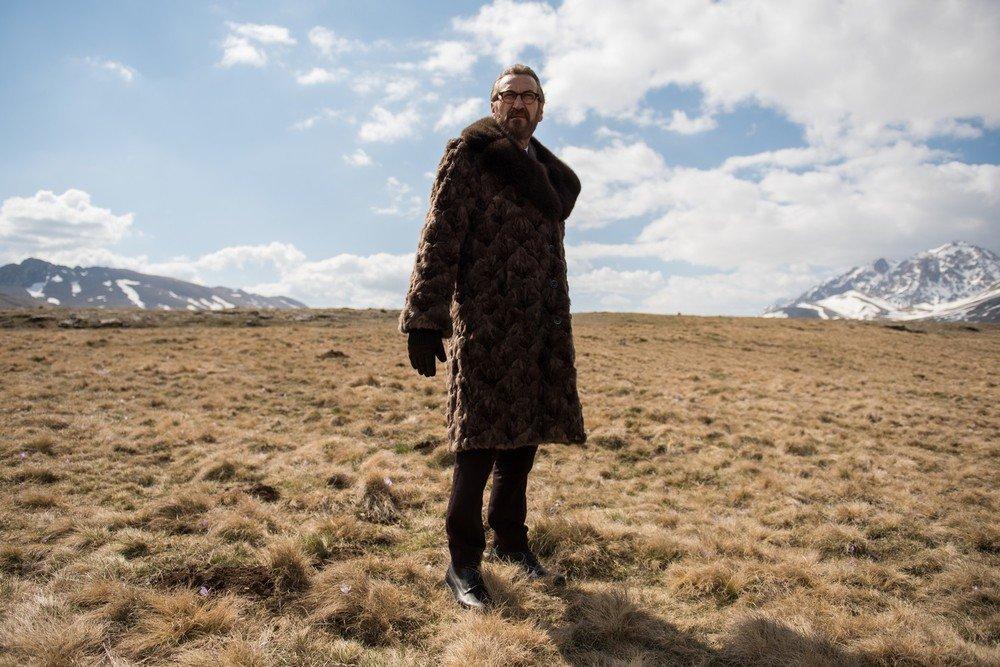 Io sono Tempesta: Marco Giallini in un momento del film