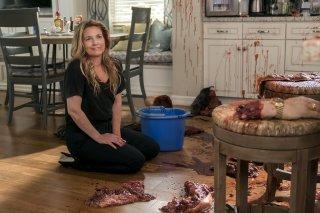 Santa Clarita Diet: Drew Barrymore in una foto della seconda stagione