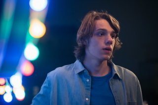 Succede: Matteo Oscar Giuggioli in una scena del film