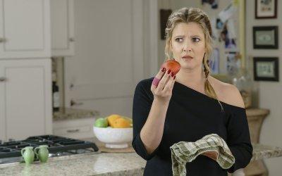 Santa Clarita Diet: la serie torna con una seconda stagione più folle ed esilarante