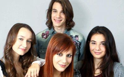 Succede: Francesca Mazzoleni & C., i giovani per raccontare i giovani