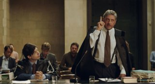 Il tuttofare: Sergio Castellitto e Guglielmo Poggi in una scena del film